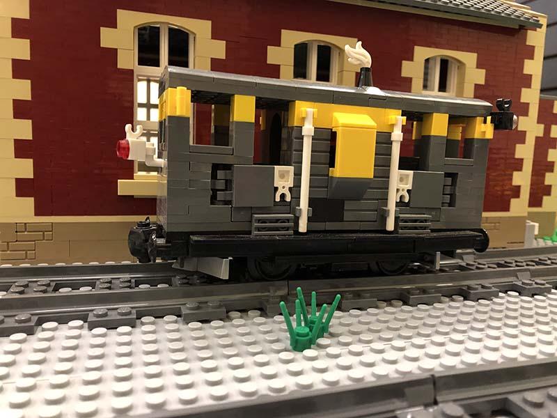 LEGO model of 20.5t Brake/Ballast Plough