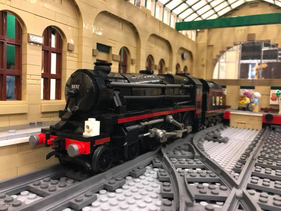 LEGO model of LMS Stanier Black 5