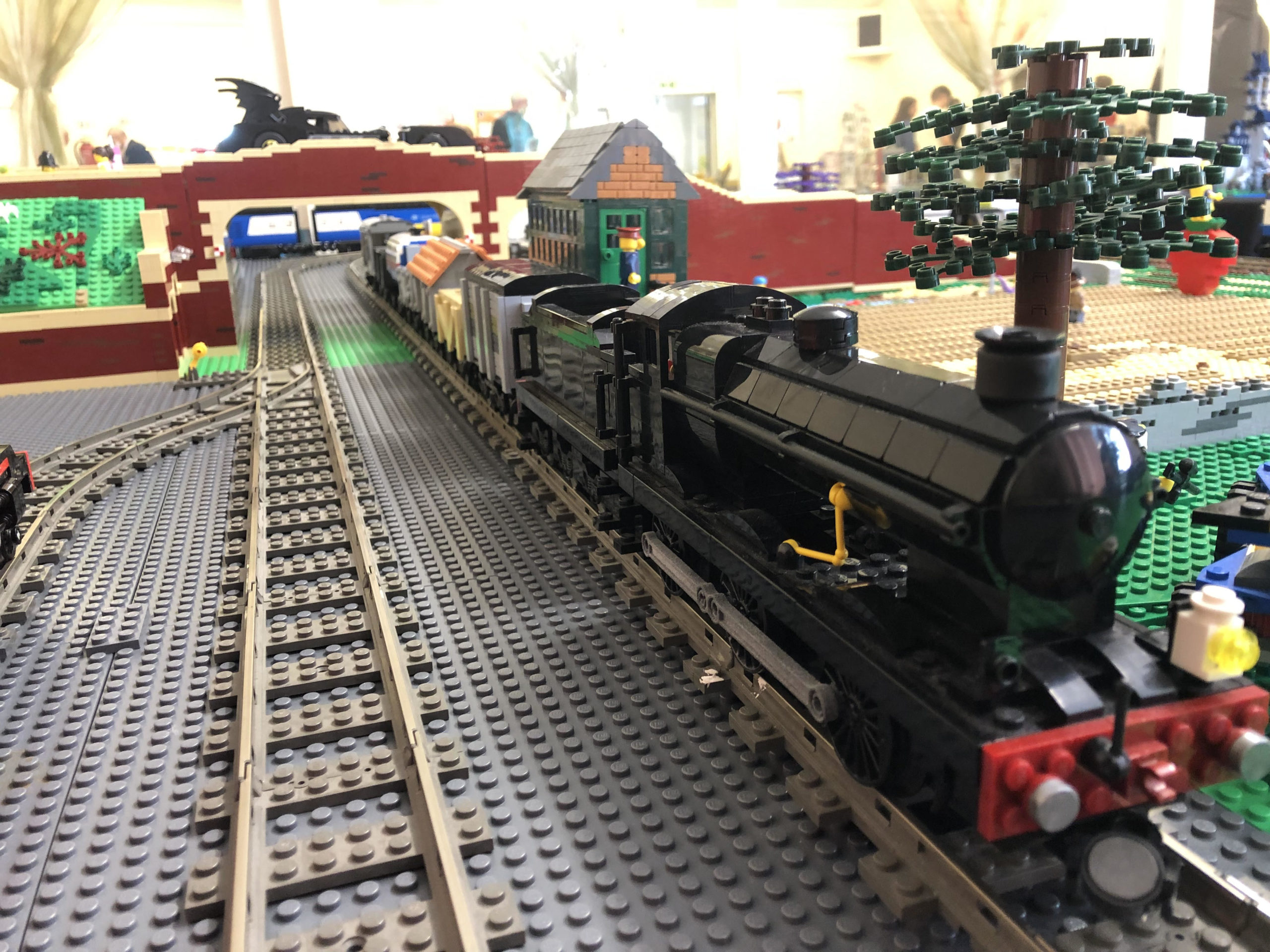 Drive your own LEGO train display - LNUR playout